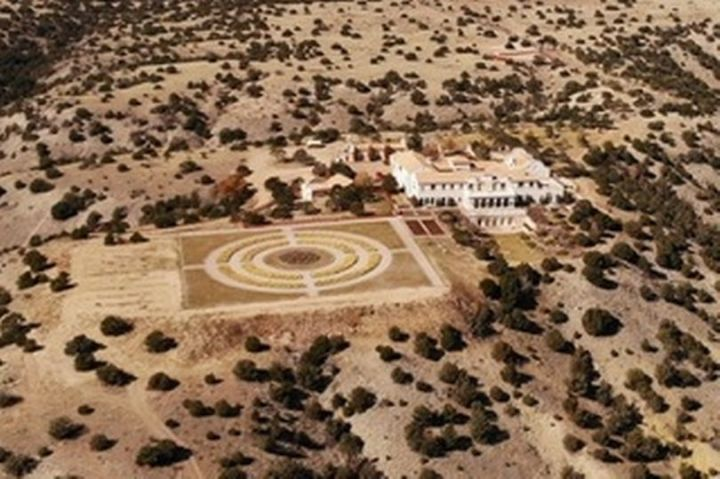 0_PAY-EPSTEIN_NEW_MEXICO_RANCH_08jpeg
